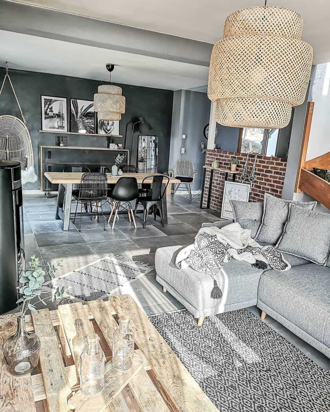 Meubles Design Et Tendances Pour Votre Salon En 2020 Decoration Salon Gris Deco Canape Gris Deco Maison