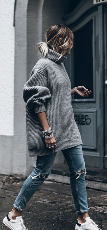 19 Cute and Cozy Oversized Sweater Outfits - Society19