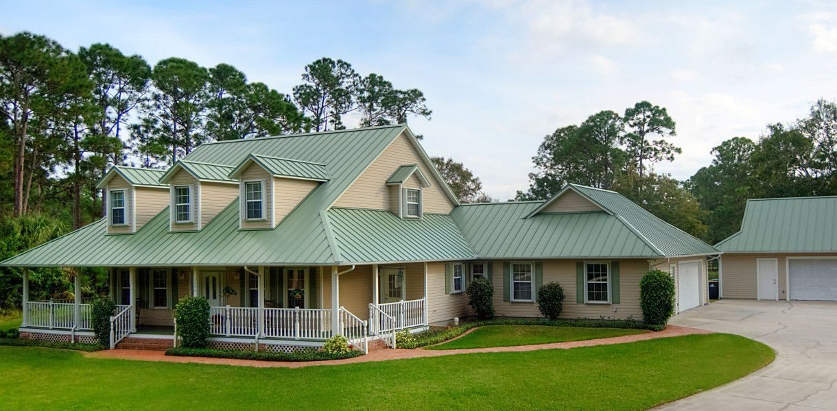 Best Light Yellow Home With Green Roof In 2019 Exterior Paint Colors For House Metal Roof Houses 640 x 480