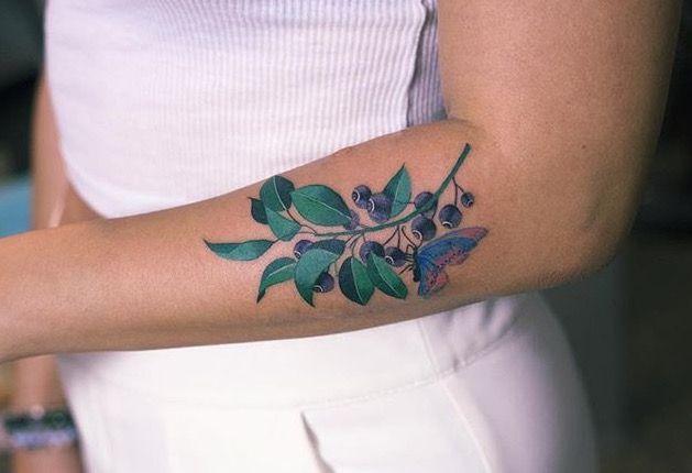 zihee blueberry tattoo ink ideas pinterest blueberry tattoo and wrist tattoo. Black Bedroom Furniture Sets. Home Design Ideas