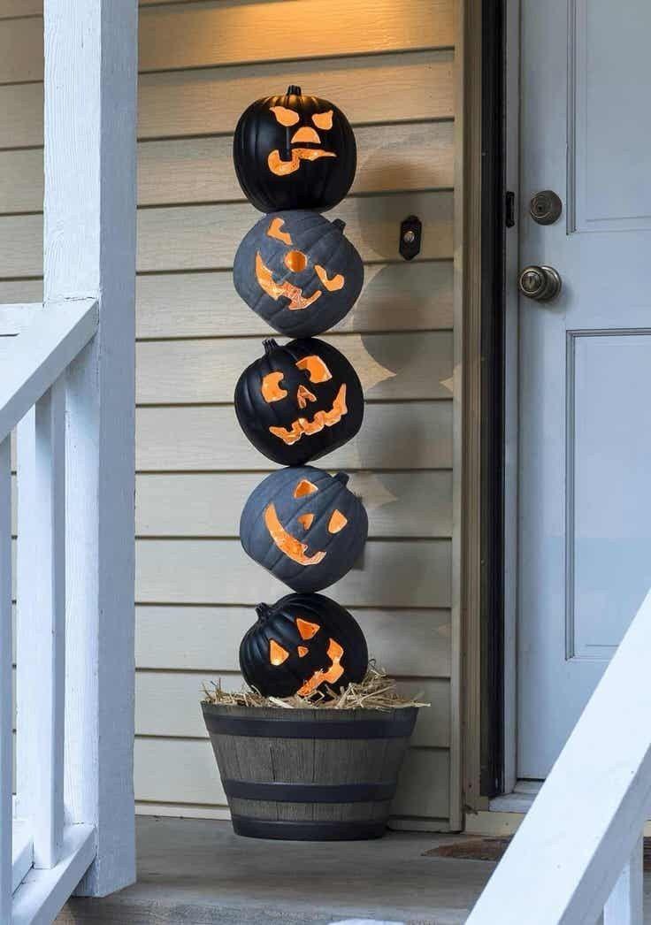 Stunning Outdoor Halloween Decorations 16 Gurudecor Com With