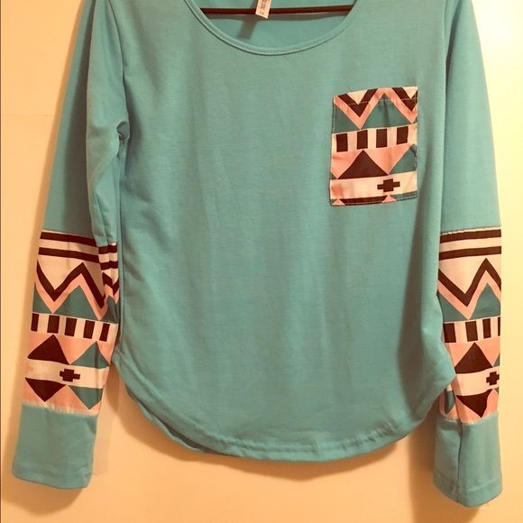 Boutique Aztec Blouse Boutique Aztec Blouse Size Medium. Never worn! Tops Blouses