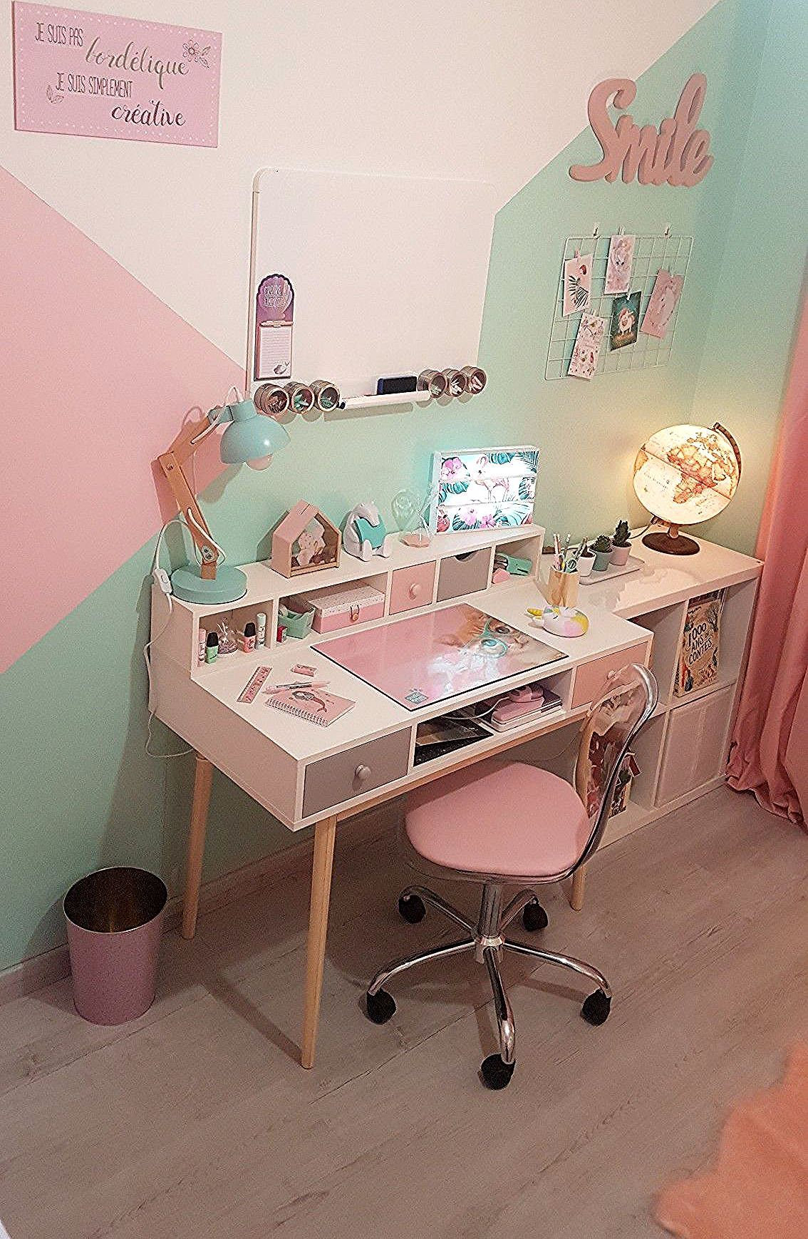 Chambre De Ma Fille Bureau Et Smile Maison Du Monde Chaise Conforama Lampe Plaque Murale Poubelle Crayons De Papier But Globe N Girls Room Design Kids Room Design Girl Room