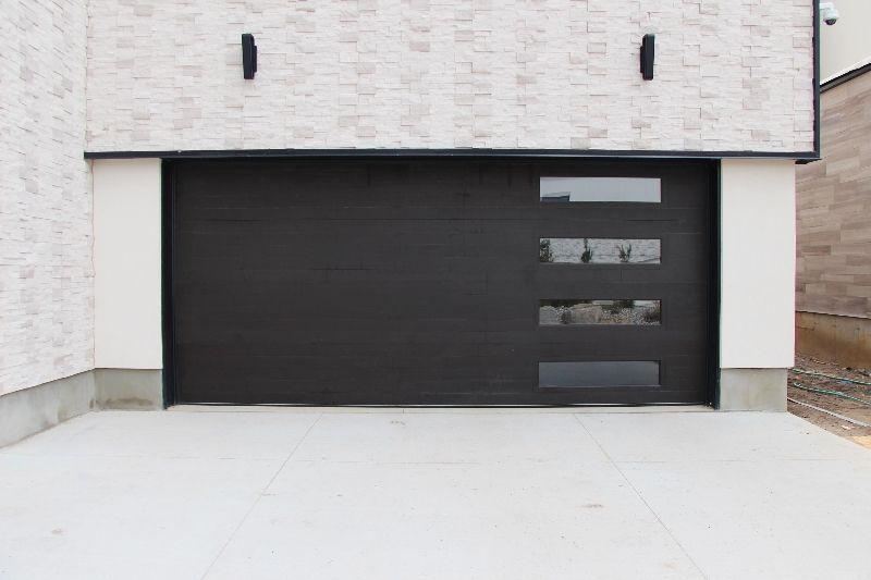 Contemporary Design Cedar Garage Door Horizontal Inlay With Windows Finished Using Sansin Custom C Contemporary Garage Doors Garage Doors Garage Door Windows