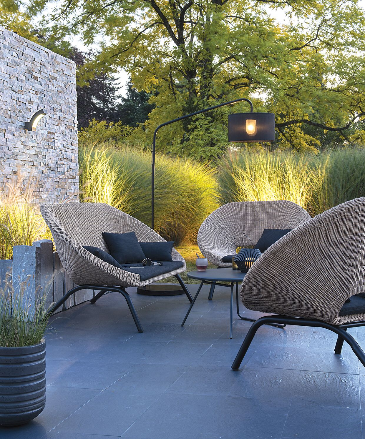 Stylish Modern Seating For The Garden Adamchristopherdesign Co Uk Modern Outdoor Furniture Terrace Design Outdoor Rooms
