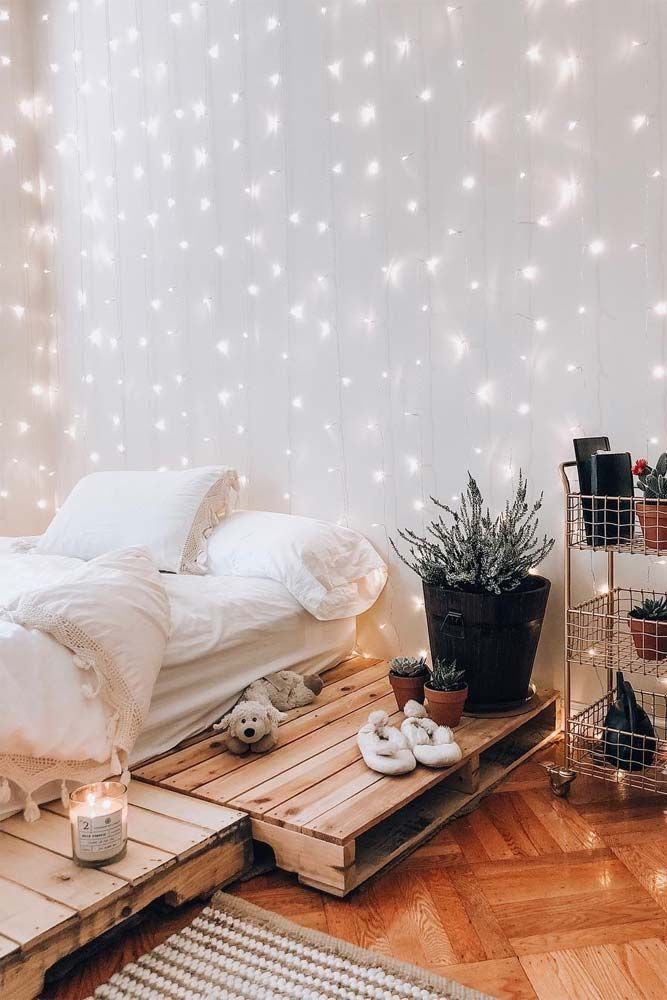 21 Cozy Decor Ideas With Bedroom String Lights #bedrooms