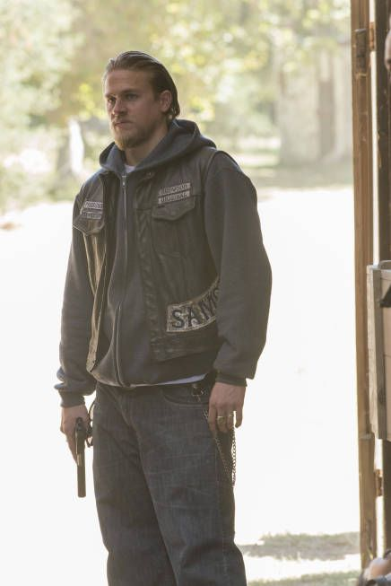 Sons Of Anarchy Season 5 Episode 12 Sons Of Anarchy Charlie Hunnam Anarchy