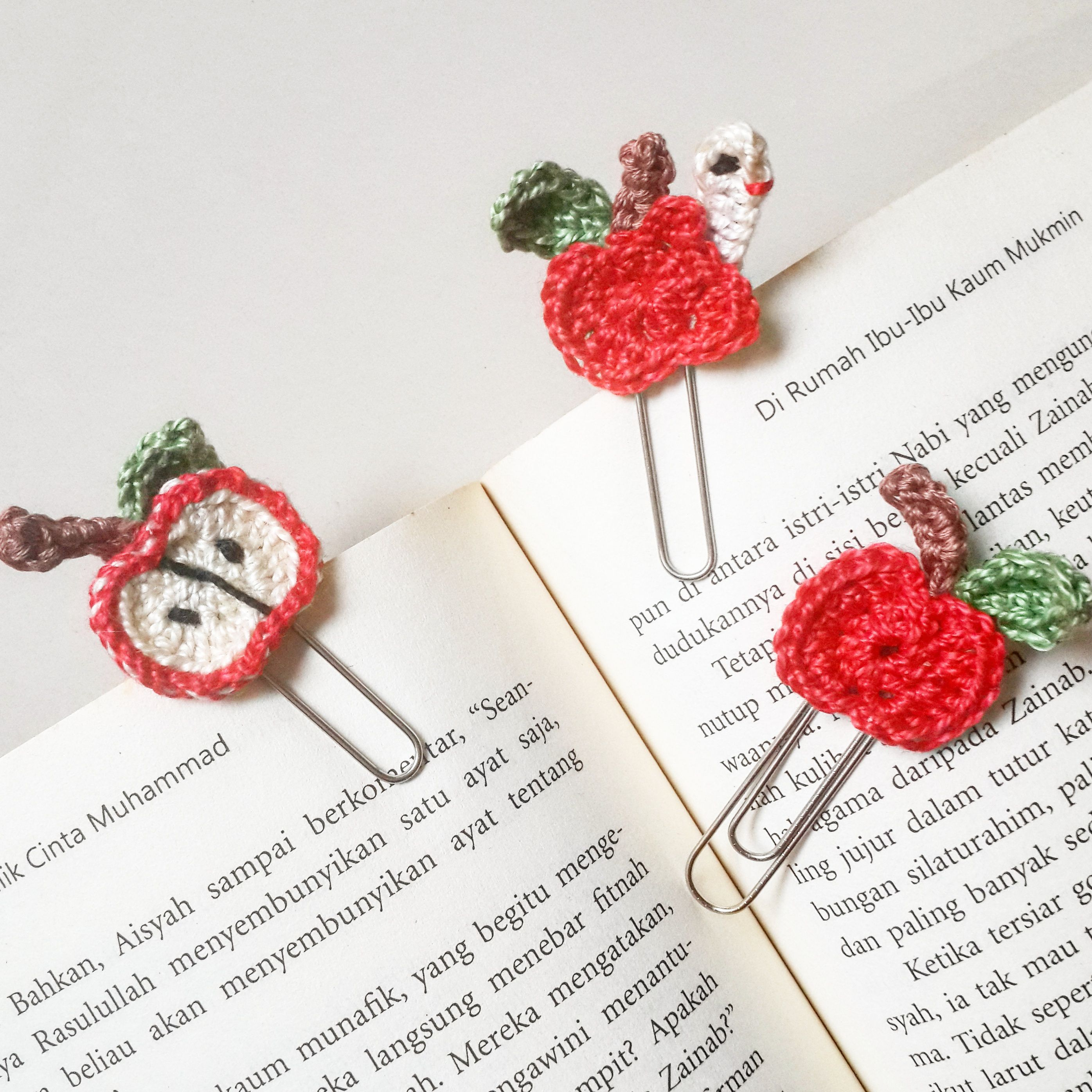 Crochê Maçã Marcadores - / Crochet Apple Bookmarks - | Manualidades ...