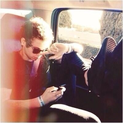 imagine you're in a road trip with this guy and gah