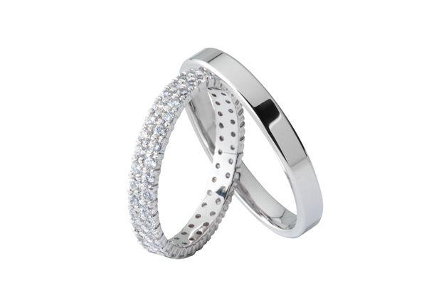 Moderni Snubni Prsteny Jsou Vyrobeny Z Bileho Zlata Damska Varianta