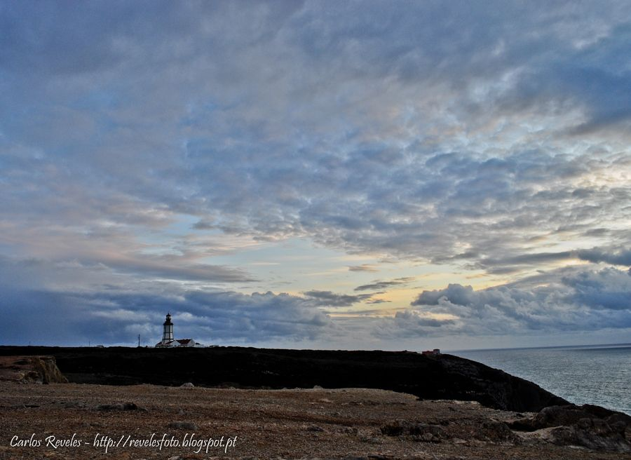 Farol do Cabo Espichel by Carlos Reveles, via 500px