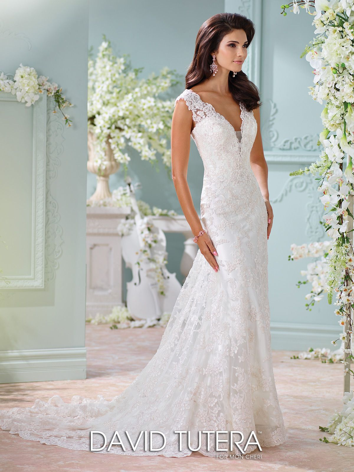 Unique wedding dresses fall 2018 martin thornburg david tutera david tutera for mon cheri style 116204 dayton is a beautiful wedding dress from the spring 2016 collection click here for more information on this dress junglespirit