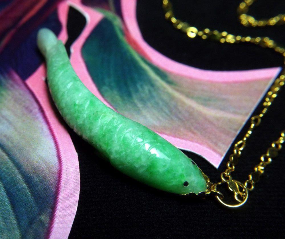 Chinese carved jade carp koi fish pendant necklace 20k antique aloadofball Choice Image