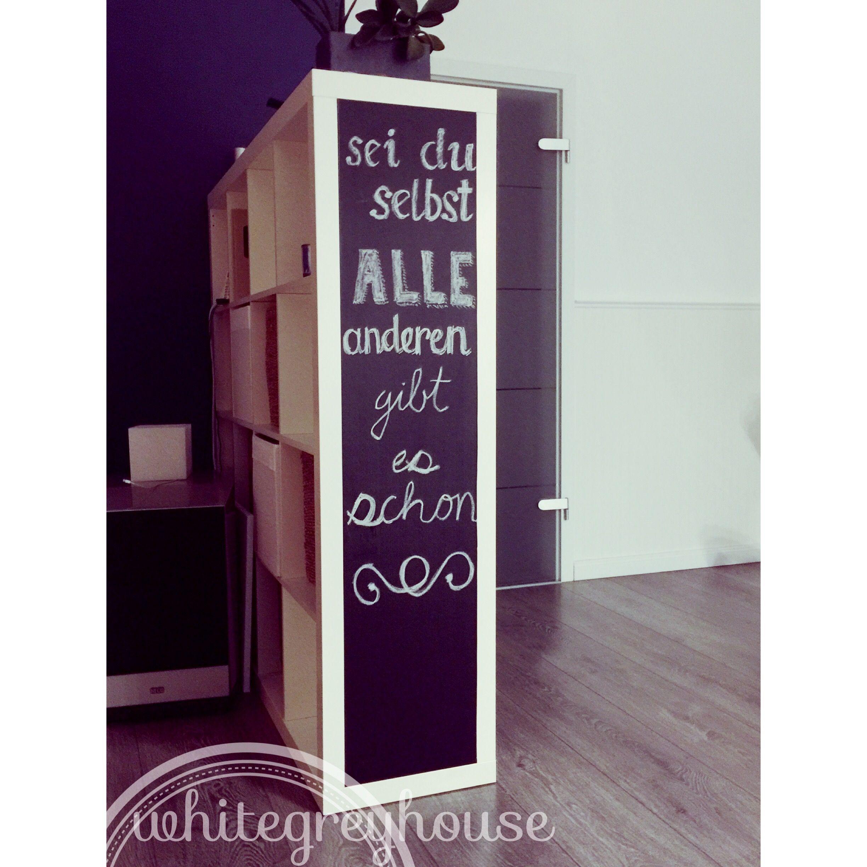 ikea hack regal mit tafelfolie versch nern decoration pinterest tafel wohnen und tafelfolie. Black Bedroom Furniture Sets. Home Design Ideas