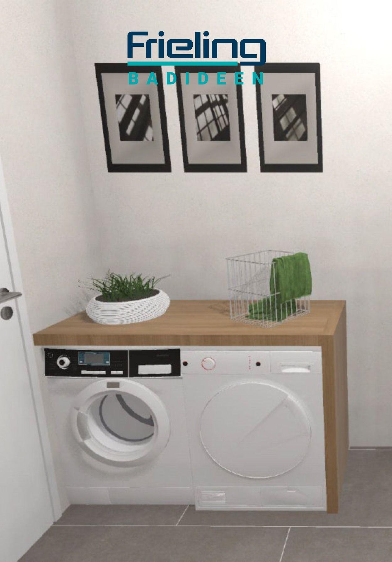 Neben Den Bad Mobeln Im Landlichen Stil Finden Sogar Waschmaschine Und Trockner Unt In 2020 Ebenerdige Dusche Badezimmergestaltung Trockner Auf Waschmaschine