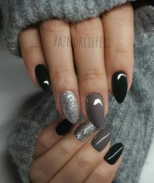 Black, grey and silver nails. #black #nails #silver #gelnails - My Winter Nails Coffin Blog
