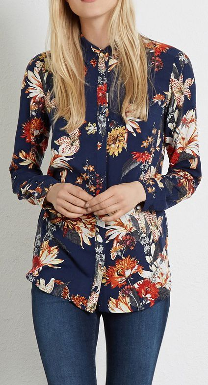 The shirt featuring vintage floral print. Basic Collar. Concealed button down fly. Patch pockets. Long sleeve. Loose fit.More wonders in OASAP!