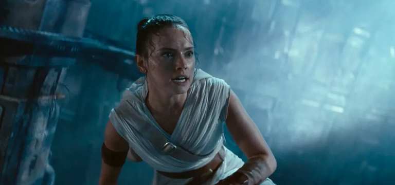 MV FINDER 005 First reactions to 'Rise of Skywalker' are