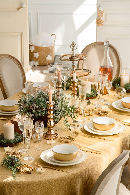 Mesas decoradas para celebrar la navidad mesas de - Decoracion mesa nochevieja ...