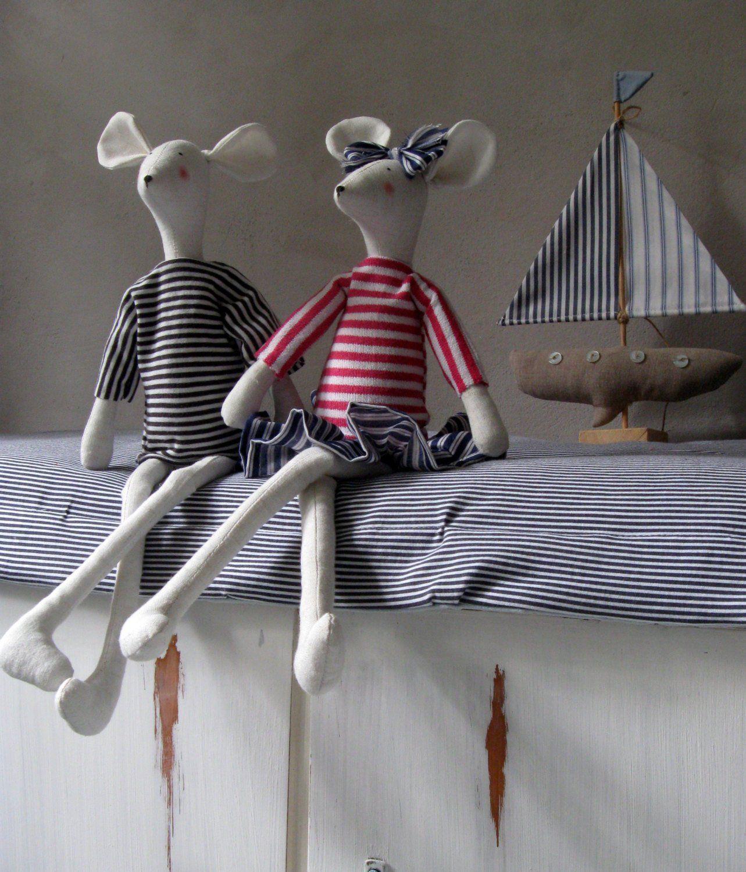 Pin Von Yentl Jahn Auf Puppen Kuscheltiere Nahen In 2020 Bauernhaus Kuchen Dekor Maritimes Kinderzimmer Stofftiere
