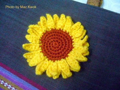 Free crochet pattern: Sunflower applique ☀CQ #crochet Pinned 6/28 ...