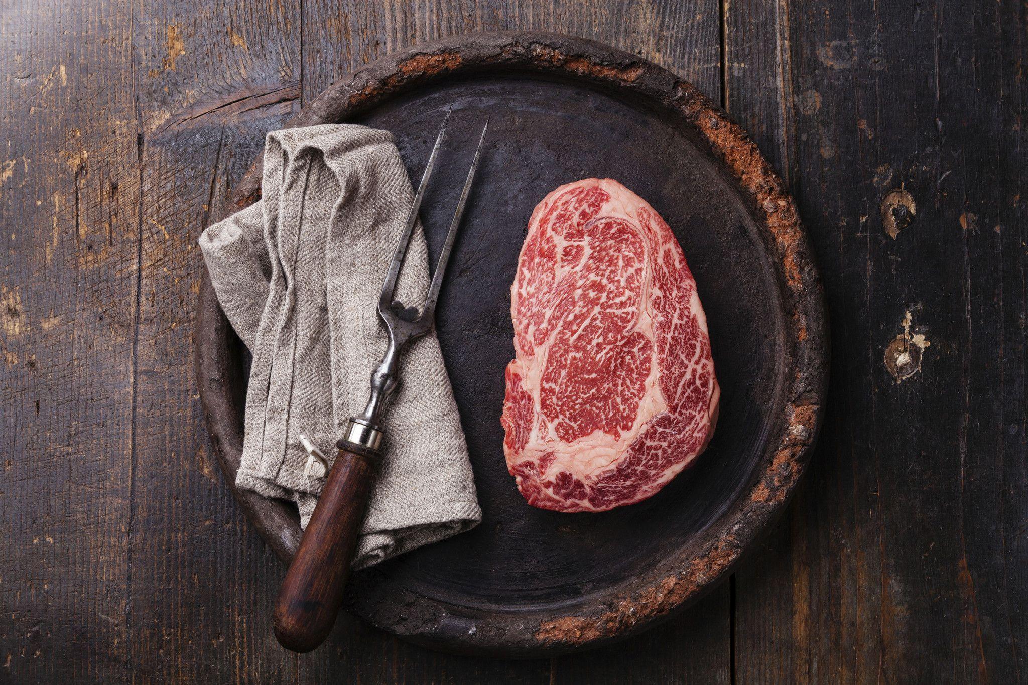Japanese Wagyu Ribeye In 2020 Wagyu Ribeye Meat Causes Cancer Wagyu Beef