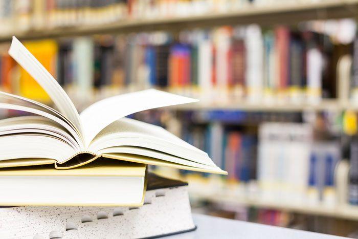 """Até o último dia em que você viver, haverá uma lista imensa de livros que podem ser lidos. No site Universia Brasil existem mais de 90 clássicos da literatura mundial. Tudo de graça, prontos para odownload. Na lista, obras como """"Madame Bovary"""", de Gustave Flaubert; """"Fausto"""", de Goethe; """"A Divina Comédia"""", de Dante Alighieri e...<br /><a class=""""more-link"""" href=""""https://catracalivre.com.br/geral/livro/indicacao/90-livros-para-ler-antes-de-morrer/"""">Continue lendo »</a>"""