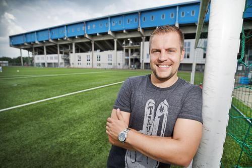 Finn Holsing vor dem heutigen Gastspiel von Fußball-Zweitligist DSC Arminia Bielefeld in Blasheim im Interview +++  Eine innige Verbindung