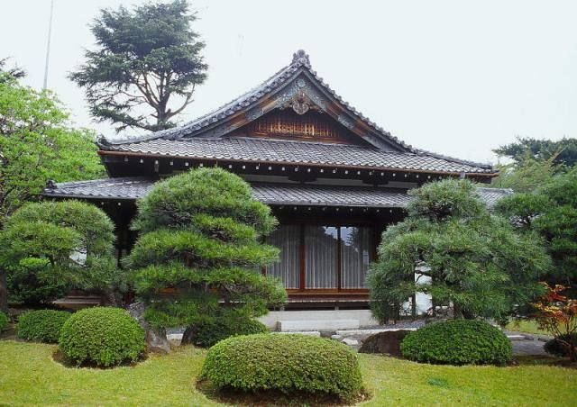Old traditional japanese houses latest house design for Asian home design