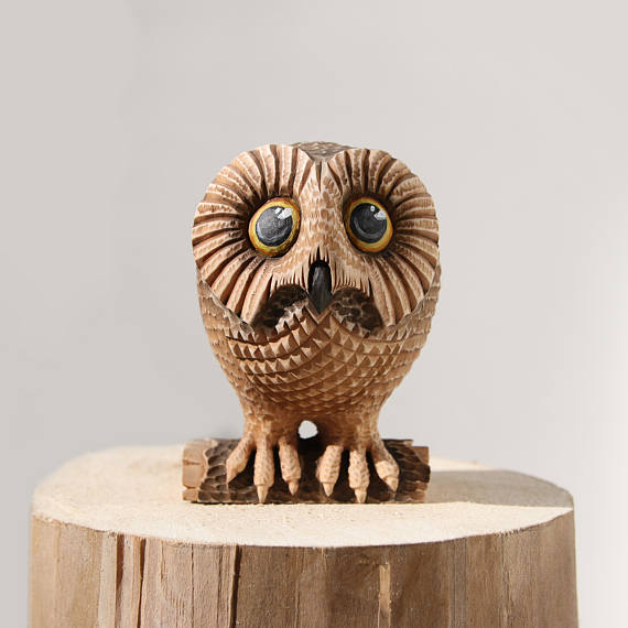 wooden owl figurine wood carving owl carving carved wood owl sculpture woodcarving art wood. Black Bedroom Furniture Sets. Home Design Ideas