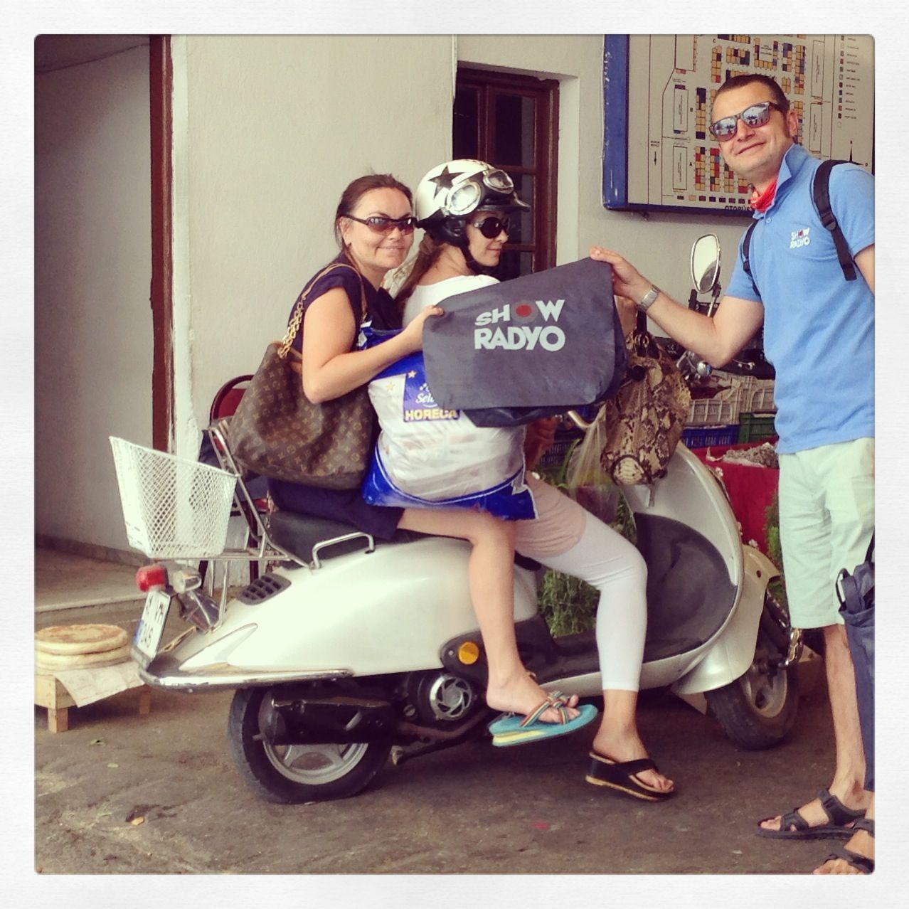 Son moda doğa dostu çantalarımız Bodrum pazarında...