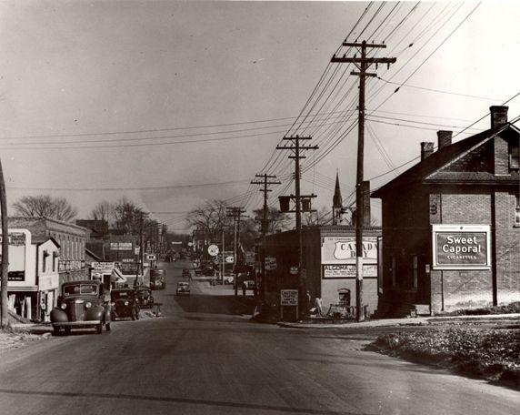 Oshawa 1944 -looking east on King st (from Nassau St,)