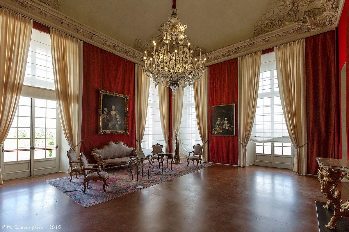 Piemonte venaria la venaria reale appartamento di sua for Appartamento venaria