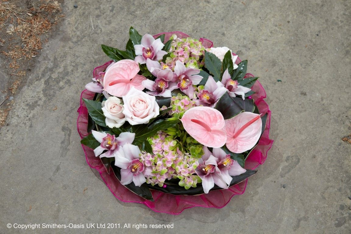 Grouped Posy Funeral Design Funeral Flowers Pinterest Funeral