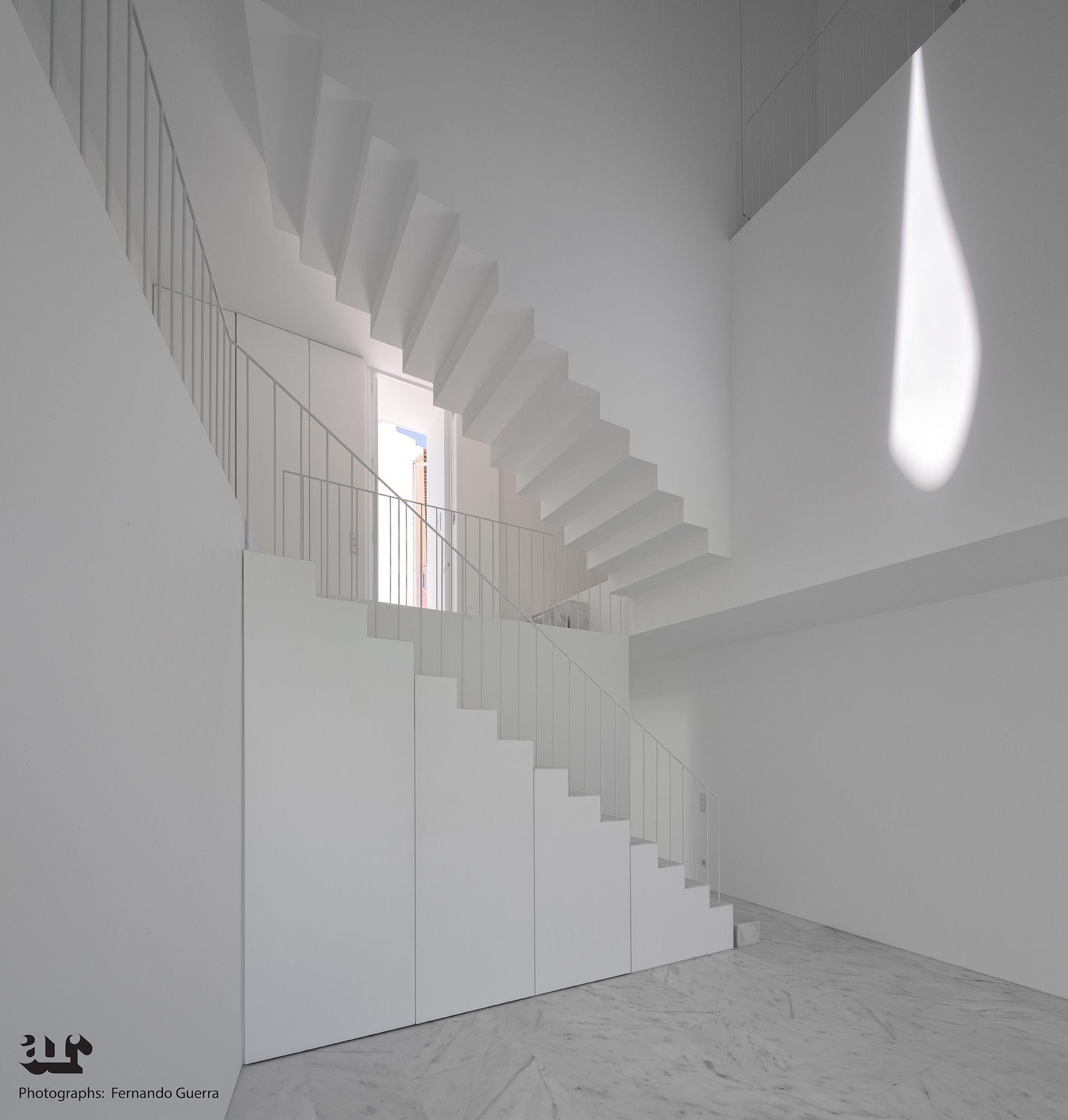 Minimalist Stairs Design
