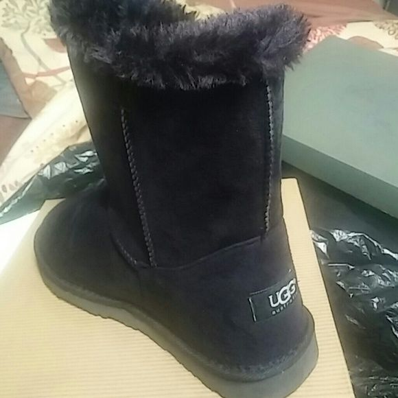 Uggs Uggs boots UGG Shoes Moccasins