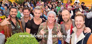 Autorisierter Fotograf des Standesamtes in Baden-Baden.Buchen Sie Ihre Hochzeit 2015 : Voxx Club am 21.06.2015 im Europa-Park Immer wiede...