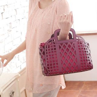 Buy 'Miss Sweety – Cutout Satchel' with Free International Shipping at YesStyle.com. Browse and shop for thousands of Asian fashion items from Taiwan and more!