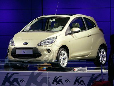 The Ford Ka It May Not Appear As If It However The Ford Kas Body Includes A Smaller Length Width And Height Than A Bmw Mini Cooper