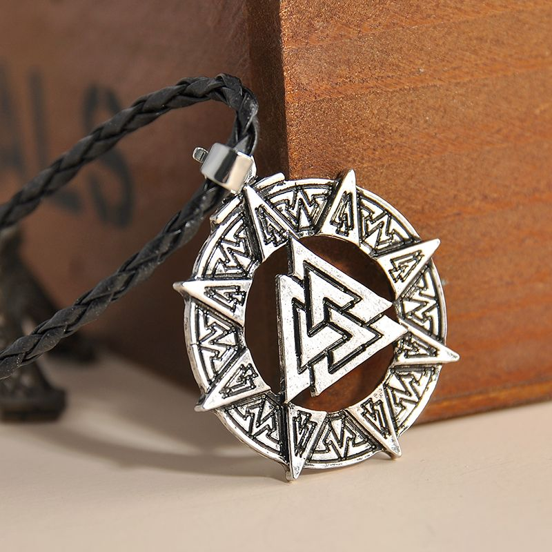 Norse Viking Yggdrasil Celtic Knot Tree of Life Pewter Pendant Choker Necklace