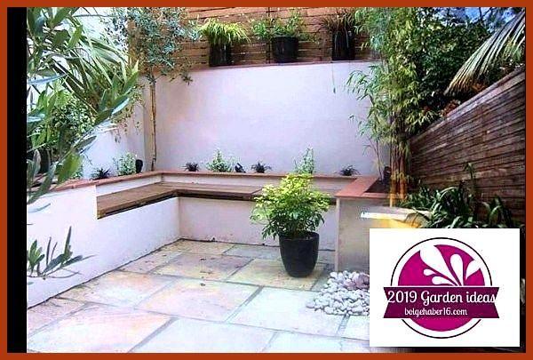 47 Lovely Small Courtyard Garden Design-Ideen für Zuhause: Separator: 47 Lovely Small ... - #Courtyard #DesignIdeen #für #Garden #LOVELY #Separator #Small #Zuhause #smallcourtyardgardens