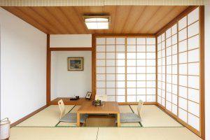 Japanisches zimmer in l rche japanische h user pinterest l rche japanische und japanische - Japanisches zimmer ...