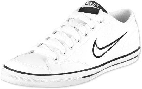 Nike Capri SI shoes white white black. Find this Pin and more on boty ... 3fb95cda96e