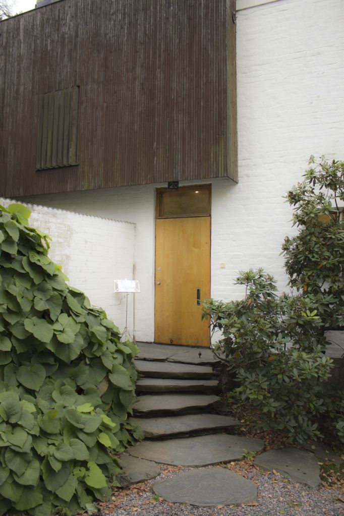 Alvar Aalto studio ideas for bagged brick for courtyard wall