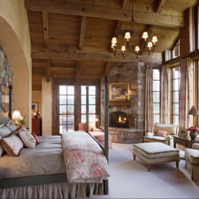 A Bedroom With Great View And Brings That Inside By Using Natural Elements Like Exposed Wood Rock Country Rustic Jerry