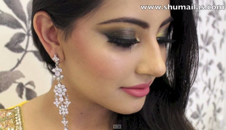 Another super smokey eye makeup tutorial. I used black and yellow gold  eyeshadows which are
