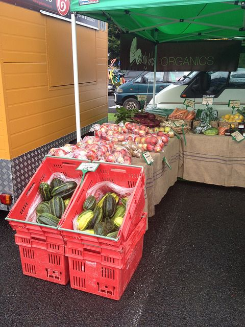 Gisborne Farmers Market Earlybird Organics stall by Seven Green Apples, via Flickr