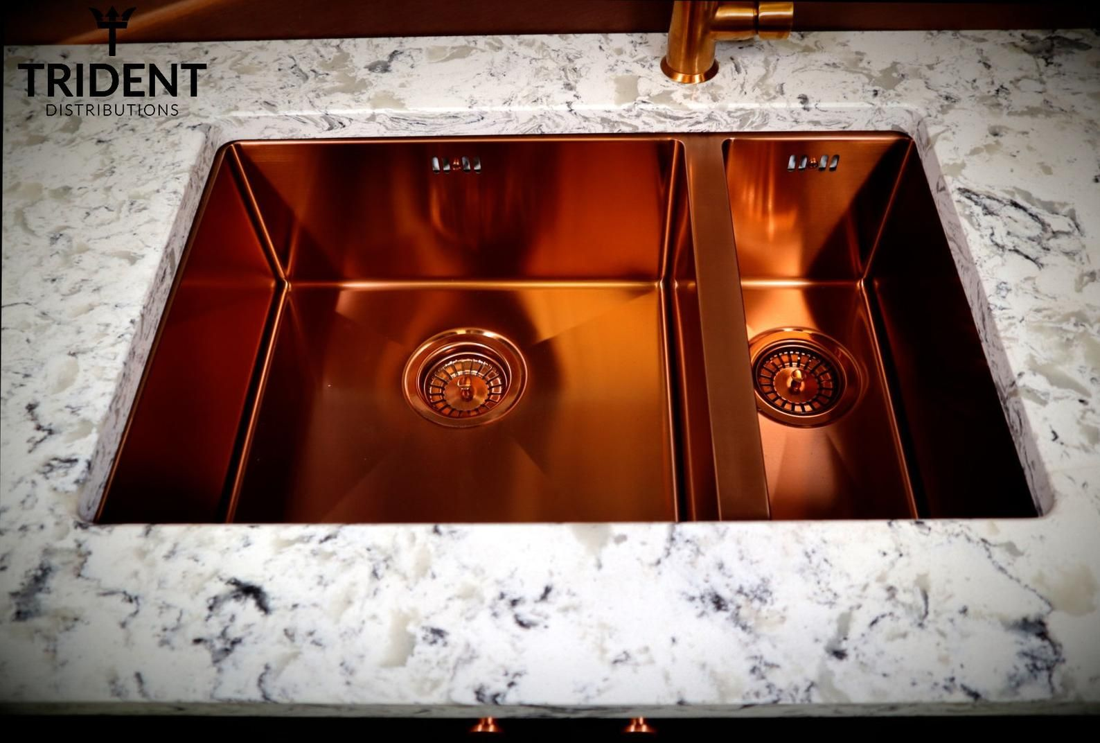 Beautiful Copper Inset Or Undermounted Sinks Etsy Copper Kitchen Sink Copper Undermount Sink Undermount Sink