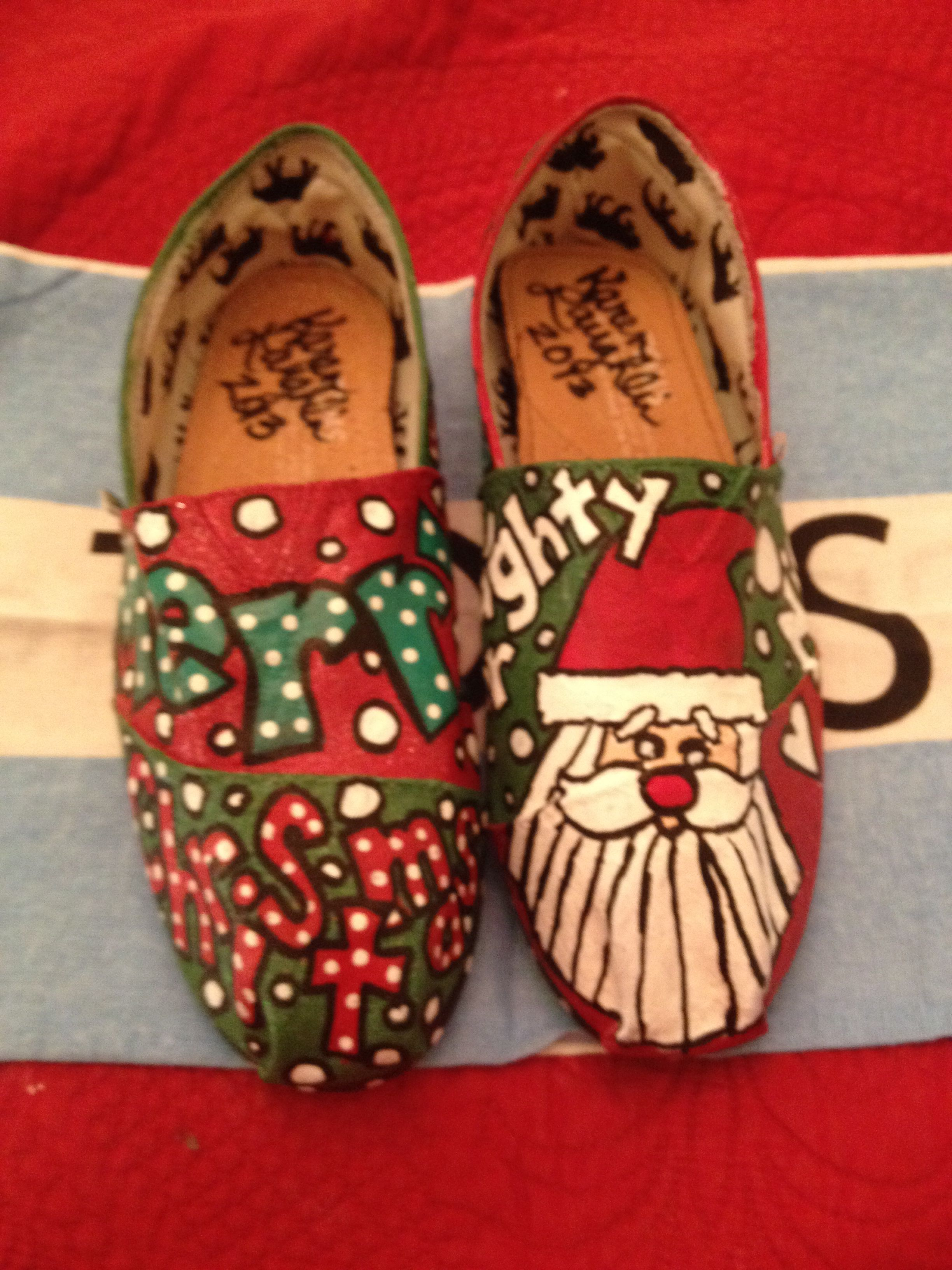 Christmas Shoes Diy.Hand Painted Christmas Toms By Karen Laughlin Toms That I