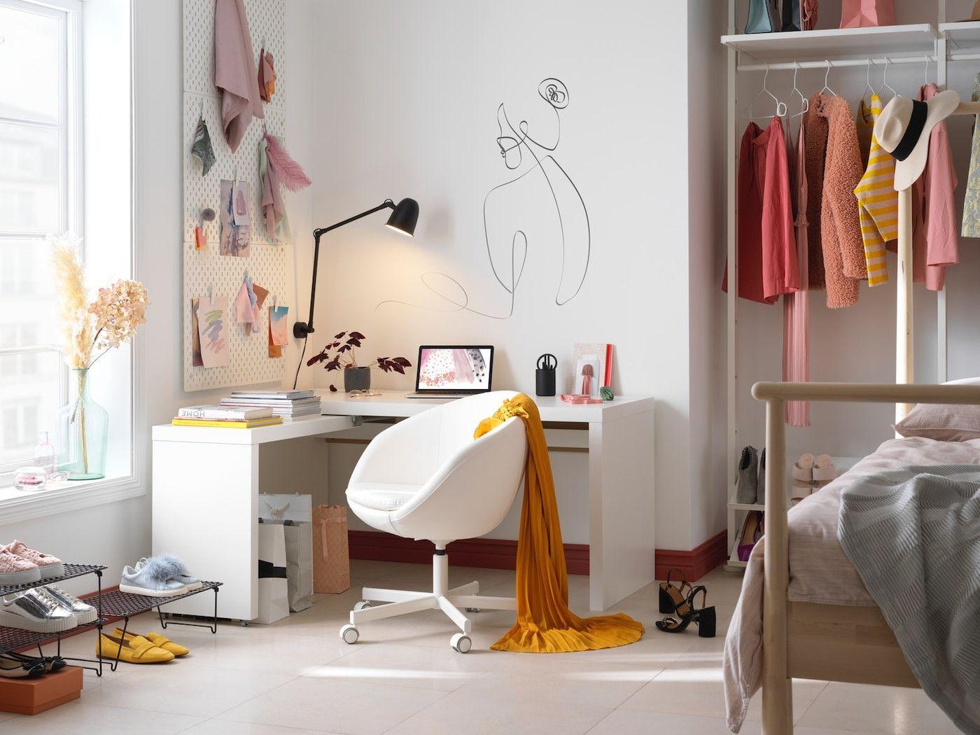 Arbeitsplatz Im Schlafzimmer Ikea Stock in 2020 | White ...